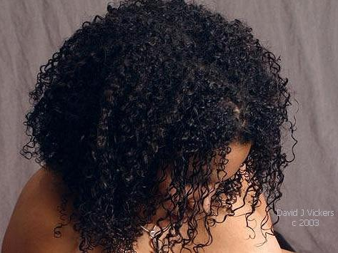Henna treatment for natural hair