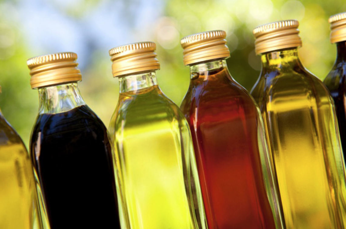 How to Choose the Right Oil for Your Hair Type