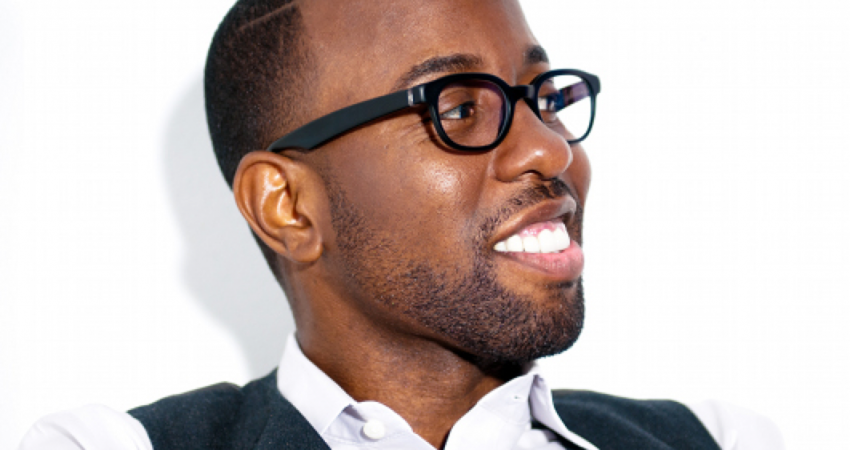 Johnny Wright Answers Your Hair Questions