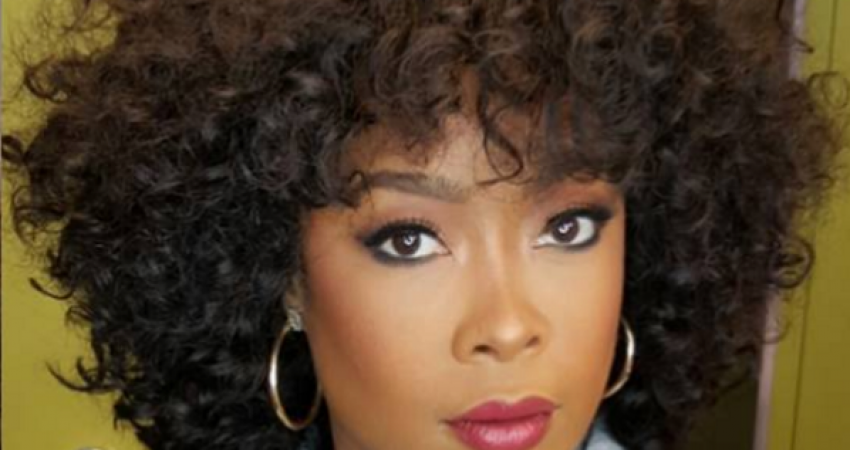 [Pic] Rapper Da Brat Shows Off New Glam Look and Curly Do